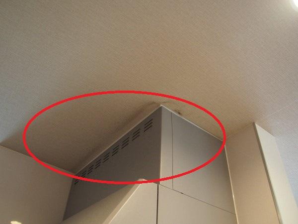 床や天井の点検口