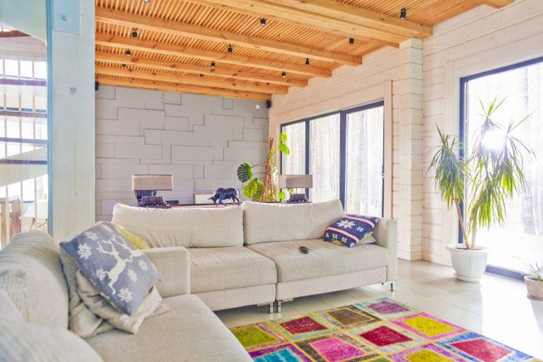 素材の質感を楽しむリノベーションで心地よい空間を
