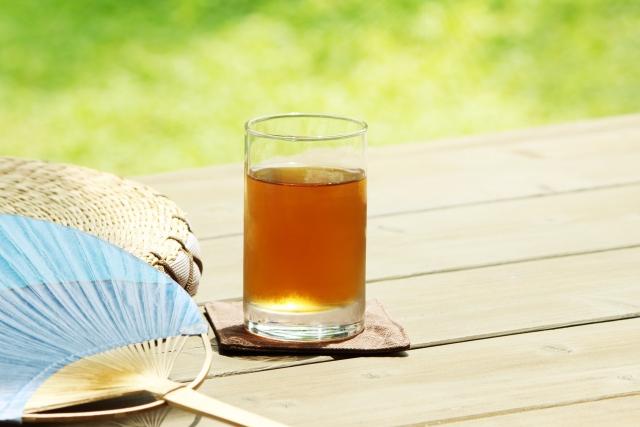 麦茶、夏、暑い